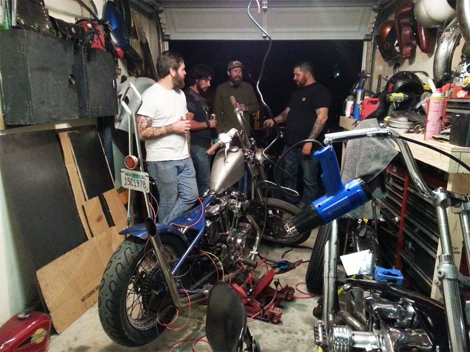 garagehangs