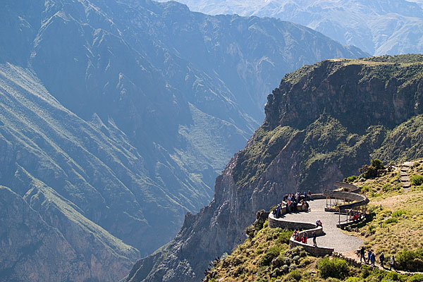 colca-canyon-viewpoint